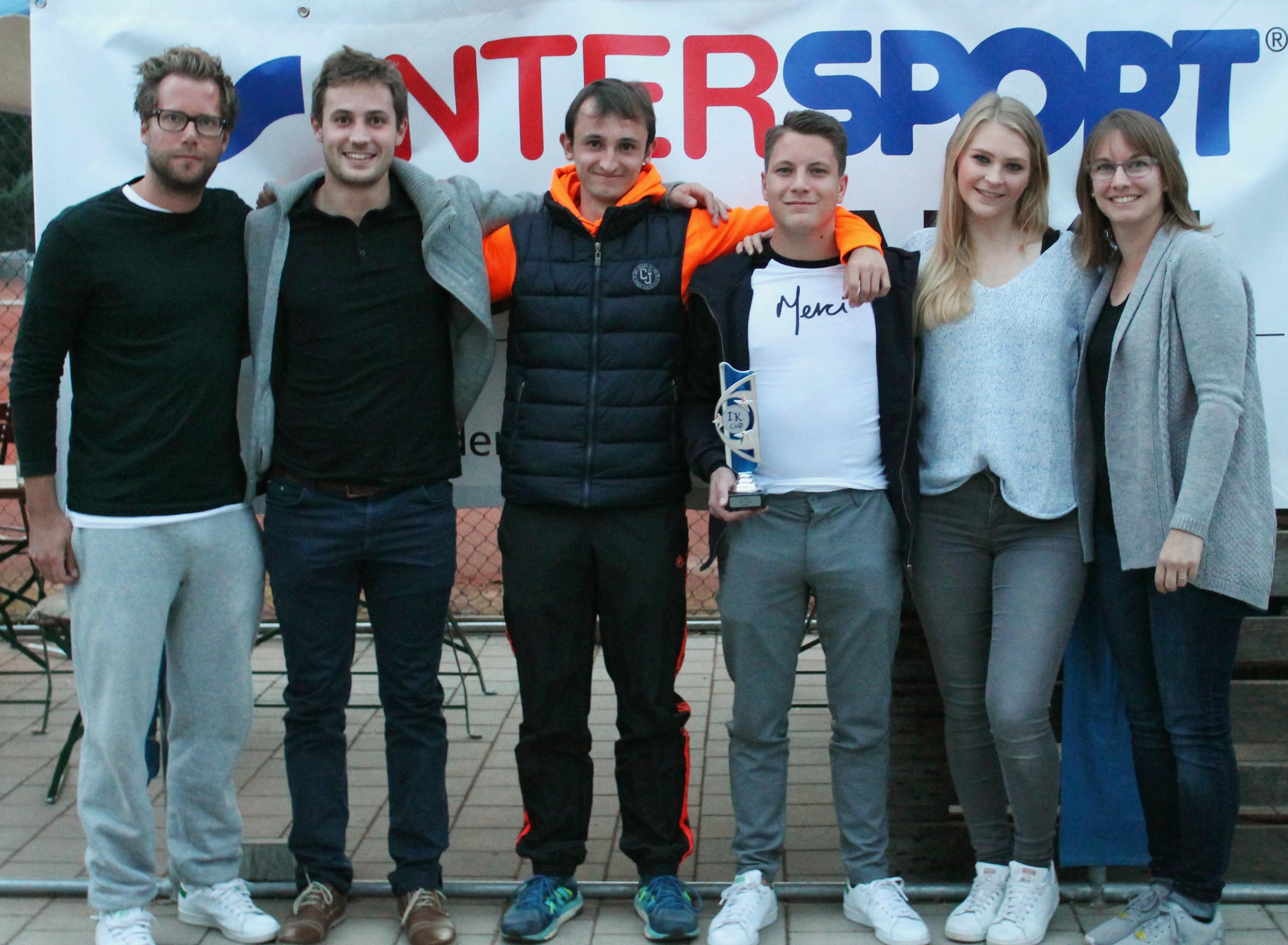 Erstmals erfolgreiches Mixed-Tennis-Turnier in Sachsen - Acht Teams spielen um IK-Cup-Pokal